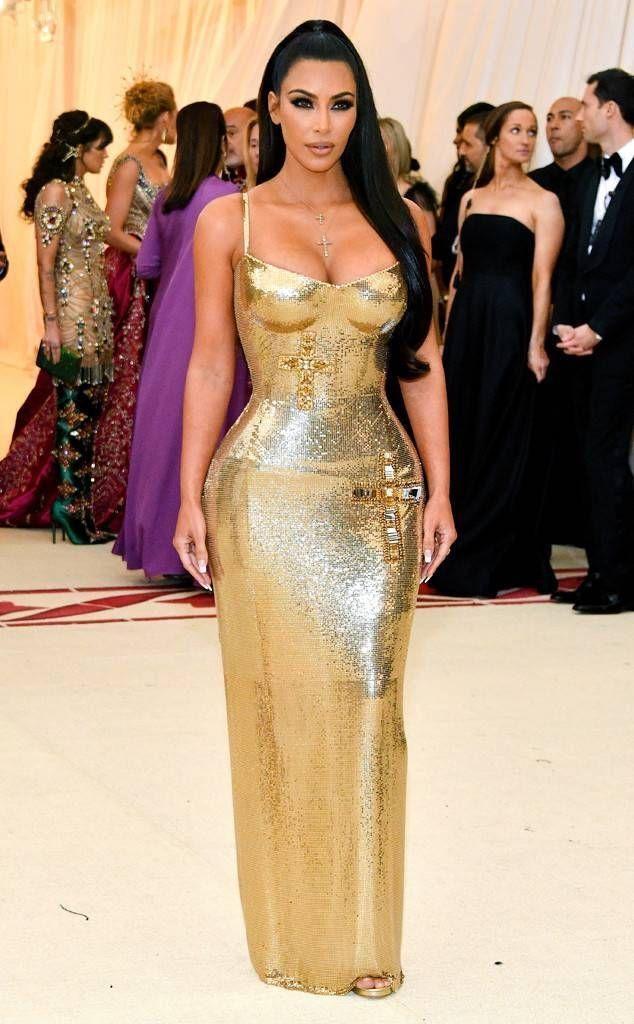 et Gala Red Carpet, Kim Kardashian